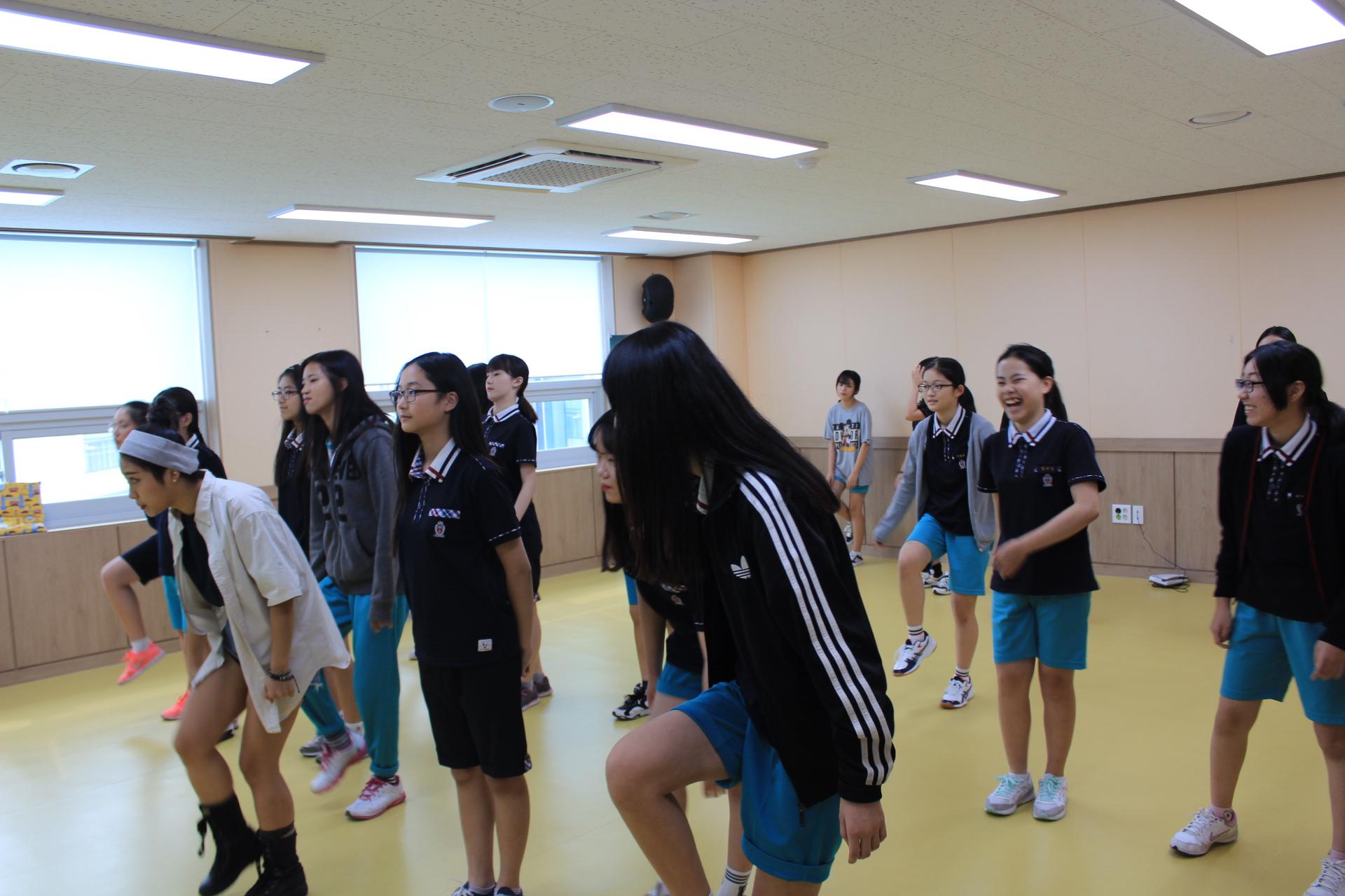 댄스2.JPG