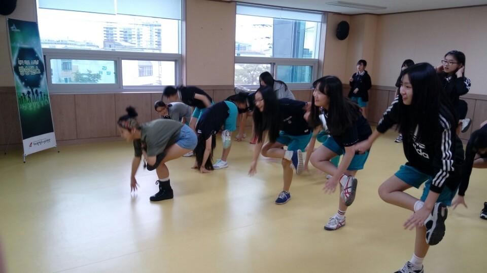 댄스3.jpg